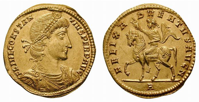 Constance II. 337-361 après JC. Médaillon équivalent à 1 solidus et demi (or, 6,79 grammes). Frappé à Rome en 355-361 après JC. Avers de la monnaie : FL IVL CONSTANTIVS PERP AVG. Buste de Constance II tourné à droite. Revers de la monnaie : FELIX ADVENTVS AVG N // R. Constance II à cheval.