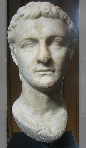 Buste de Caligula dans le Musée de la Villa Getty à Malibu, Californie