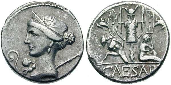 n°20. Denier de Julius Caesar. 46-45 av. J.C. A/ Buste de Venus R/ Gaulois et gauloise captifs assis au pied d'un trophée, CAESAR en exergue.