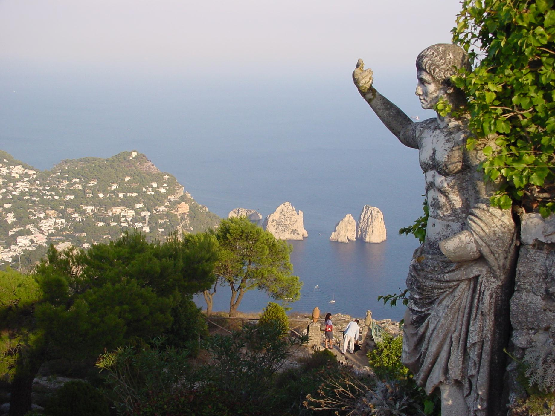 Vue de l'île de Capri, dernière retraite de Tibère