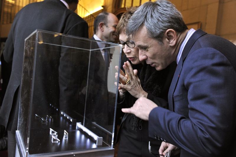 Présentation des euros or et argent Noureev à l'Opéra de Paris
