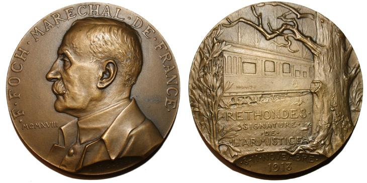 Médaille présentant le Maréchal Foch et le Wagon de l'Armistice du 11 novembre