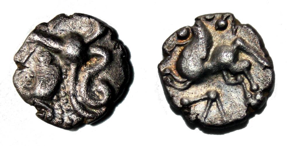 Monnaie gauloise Aulerques Cénomans denier à la tête casquée à gauche