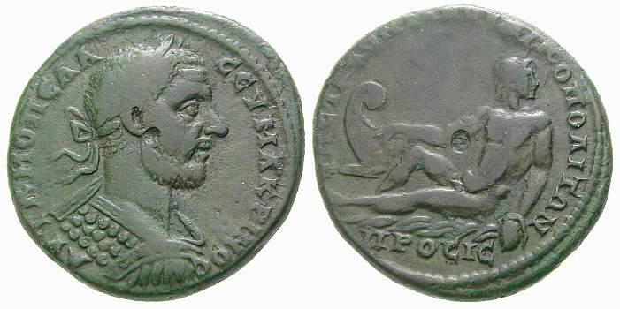 Monnaie de bronze coloniale de Macrin (217-218 après JC), frappée sous dans la cité de Nikopolis en Mésie, sous le magistrat Statius Longinus. Poids de la monnaie 11,93 grammes. Revers : l'Ister = le Danube couché.