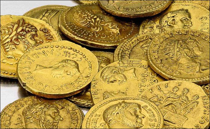 Photo de quelques monnaies d'or romaines de la collection Huntington