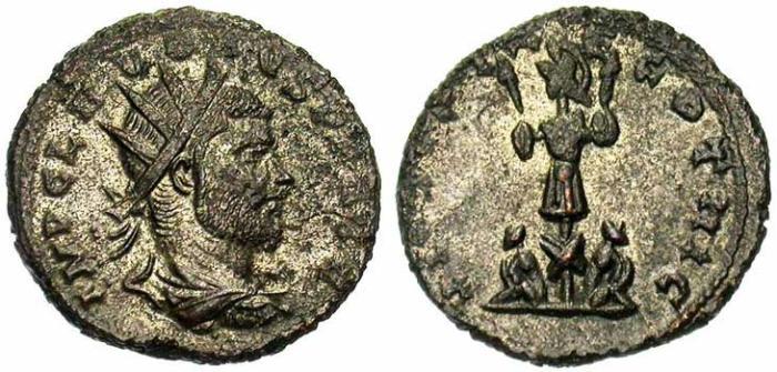 21 Antoninien de Claude II Le Gothique revers trophée et captifs