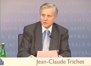 Jean Claude Trichet lors de la conférence de presse des gouverneurs de banques centrales, le 4-12-2008