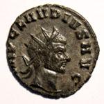 Monnaie de Claude le Gothique portrait Monnaie 24